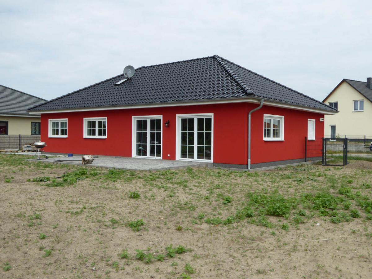 Ideal massivhaus gmbh massiver hausbau im barnim und der for Eigenheim grundrisse